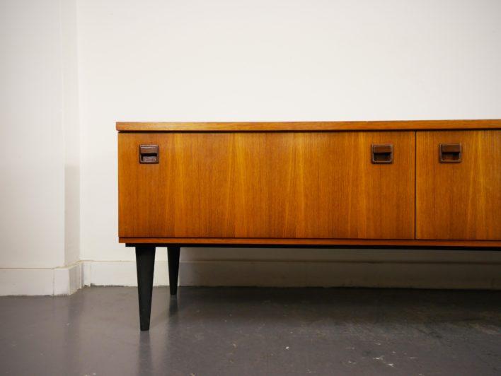 150lilipop-vintage-mobilier-retro-enfilade-scandinave-bureau-vintage-enfilade-secretaire-penderie